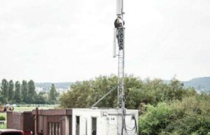 Realizace napájení vysílačů mobilní sítě OSKAR 3