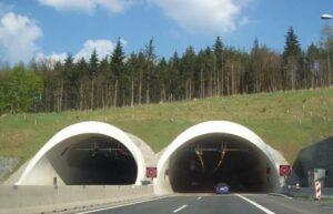 Realizace zálohování technologií v tunelu Valík 1