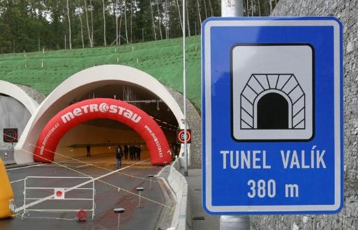 Realizace zálohování technologií v tunelu Valík 2