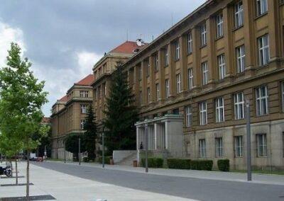 Mikroskop VŠCHT Praha